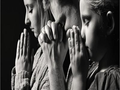 同心合意地恒切祷告